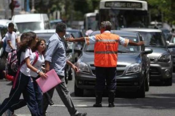 Resultado de imagem para Volta às aulas exige atenção redobrada no trânsito